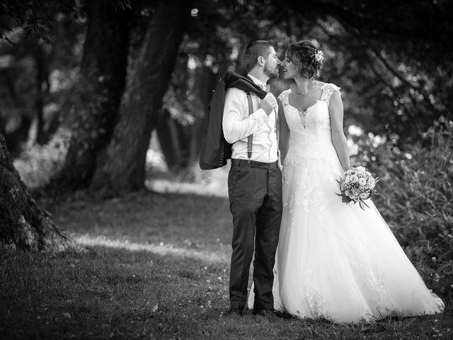 Le mariage de Jonathan et Hélène à Walschbronn, Moselle 3