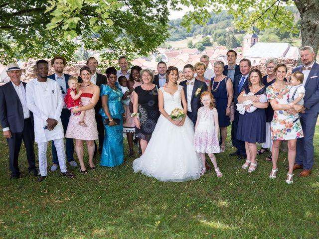 Le mariage de Jonathan et Hélène à Walschbronn, Moselle 10