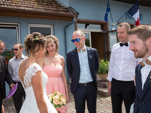 Le mariage de Jonathan et Hélène à Walschbronn, Moselle 17