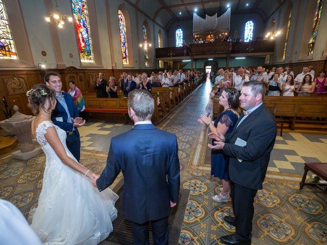 Le mariage de Jonathan et Hélène à Walschbronn, Moselle 59