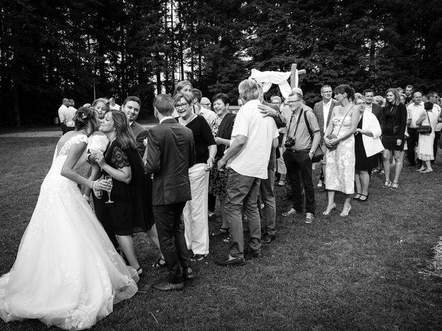 Le mariage de Jonathan et Hélène à Walschbronn, Moselle 76