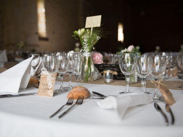 Le mariage de Julien et Laurene à Caen, Calvados 24