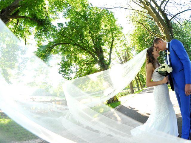Le mariage de Benjamin et Camille à Avelin, Nord 10