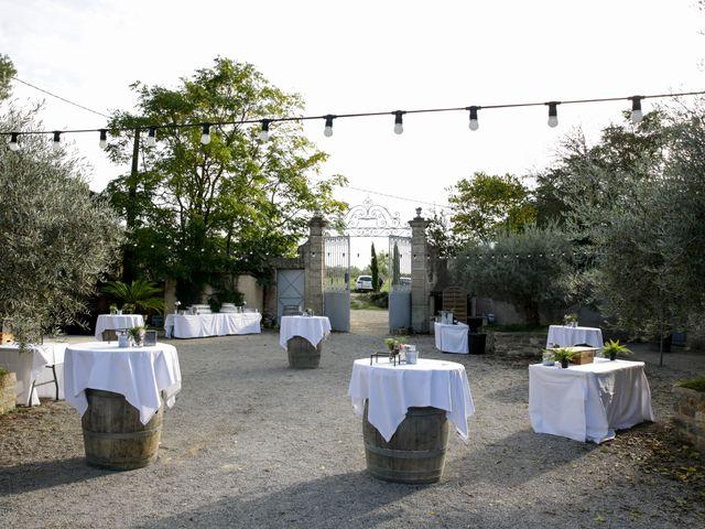 Le mariage de Florian et Cecilia à Agde, Hérault 72