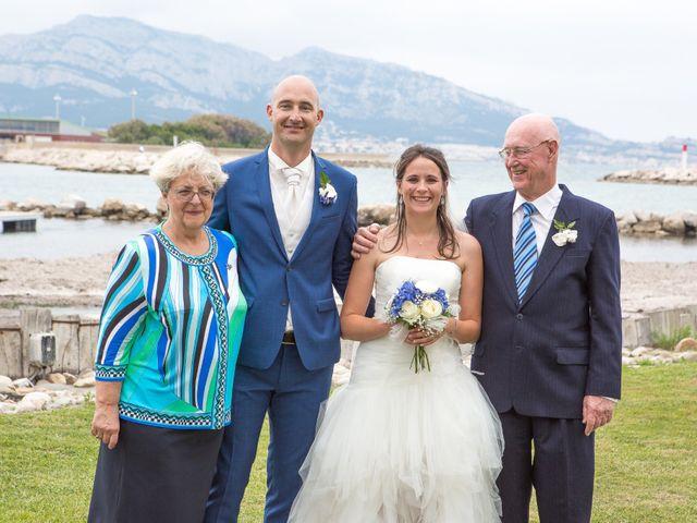 Le mariage de Jeff et Flavie à Marseille, Bouches-du-Rhône 32