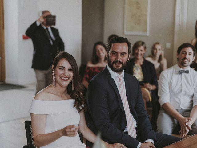 Le mariage de Matthieu et Julie à Saint-Jean-des-Mauvrets, Maine et Loire 12