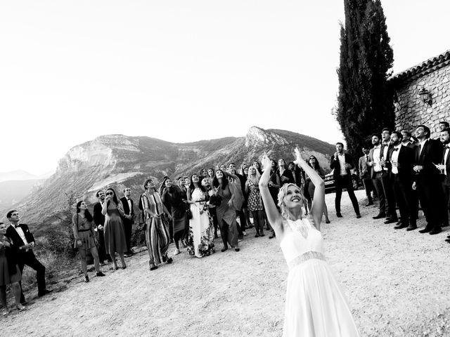 Le mariage de Alexandre et Noémie à Nyons, Drôme 25