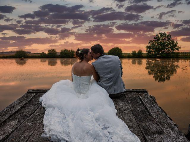 Le mariage de Lucie et Thomas à Saint-Denis-de l'Hôtel, Loiret 28
