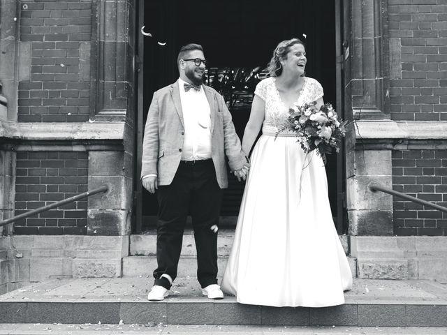 Le mariage de Laurent et Charlotte à Arques, Pas-de-Calais 23