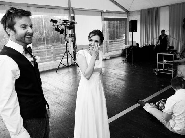 Le mariage de John et Marion à Lamoura, Jura 6