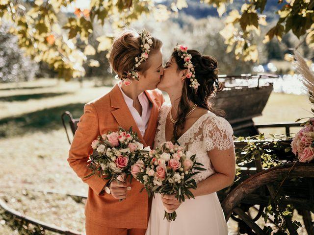 Le mariage de Julie et Ingrid à Villecroze, Var 72