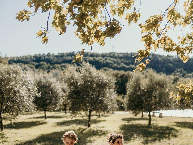 Le mariage de Julie et Ingrid à Villecroze, Var 82