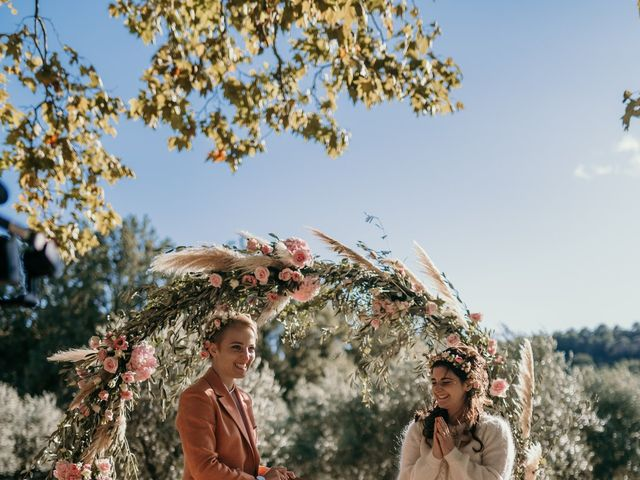 Le mariage de Julie et Ingrid à Villecroze, Var 86