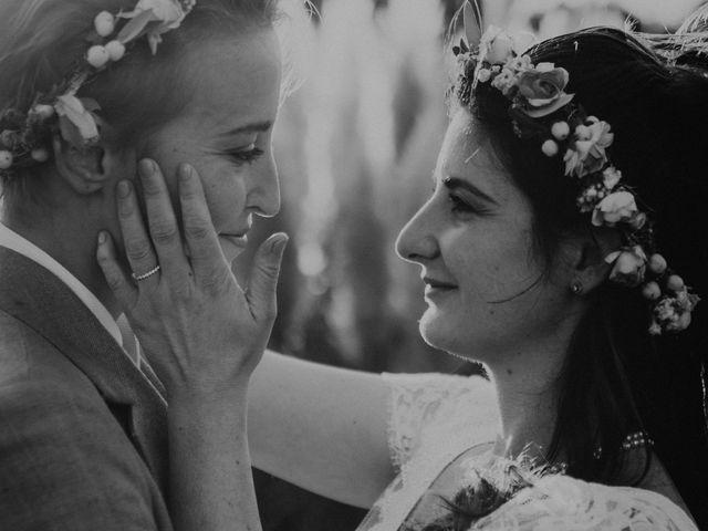 Le mariage de Julie et Ingrid à Villecroze, Var 102