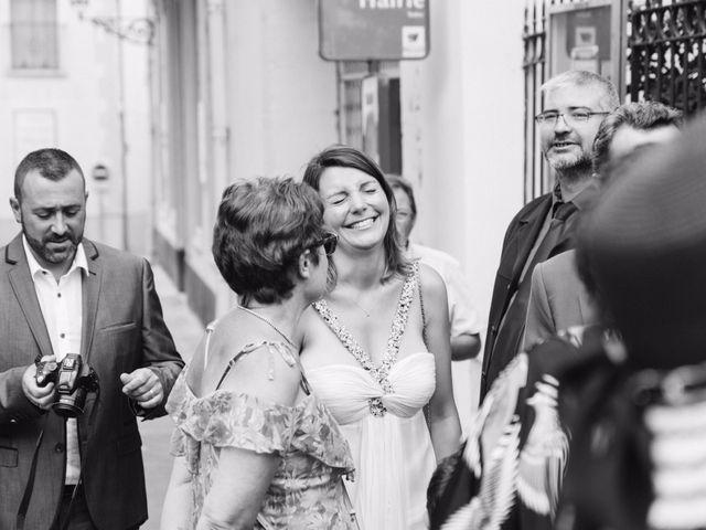 Le mariage de Jean-Marie et Christelle à Vendres, Hérault 35