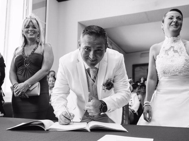 Le mariage de Jean-Marie et Christelle à Vendres, Hérault 56