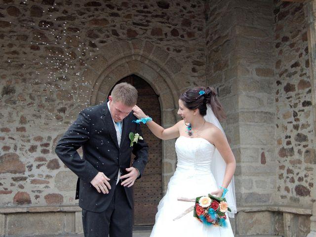 Le mariage de Axel et Emilie à Panazol, Haute-Vienne 24