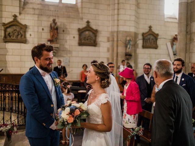 Le mariage de Martin et Roxane à Cussay, Indre-et-Loire 12