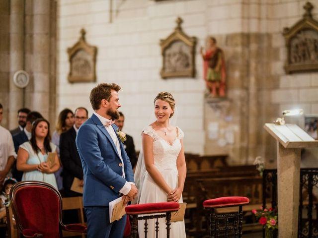 Le mariage de Martin et Roxane à Cussay, Indre-et-Loire 13