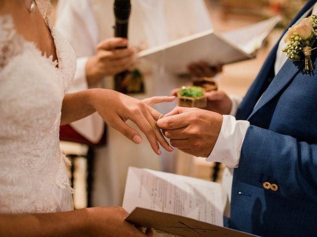Le mariage de Martin et Roxane à Cussay, Indre-et-Loire 19