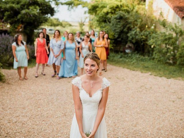 Le mariage de Martin et Roxane à Cussay, Indre-et-Loire 56