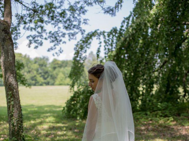 Le mariage de Bertrand et Mathilde à Marennes, Rhône 15