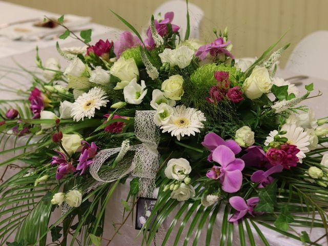 Le mariage de Remy et Flavie à Chantôme, Indre 13