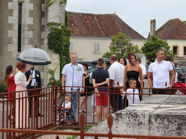 Le mariage de Remy et Flavie à Chantôme, Indre 3