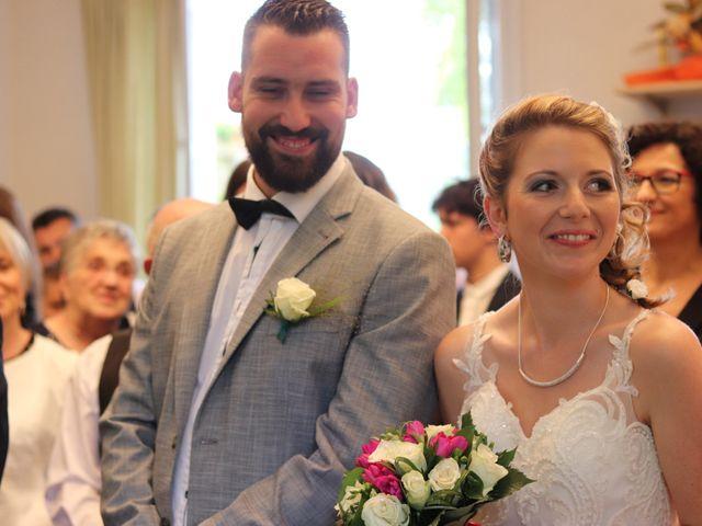 Le mariage de Remy et Flavie à Chantôme, Indre 7