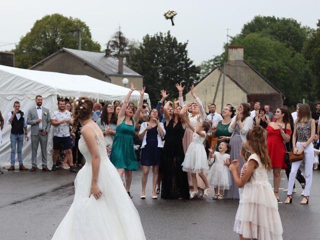 Le mariage de Remy et Flavie à Chantôme, Indre 23