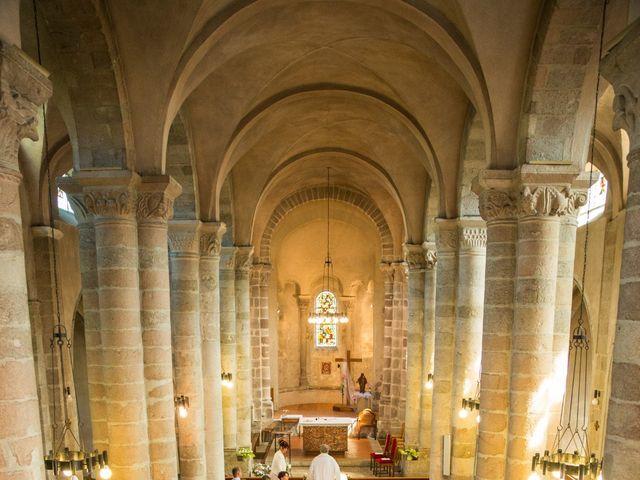 Le mariage de Nicolas et Amandine à Marcoux, Loire 21