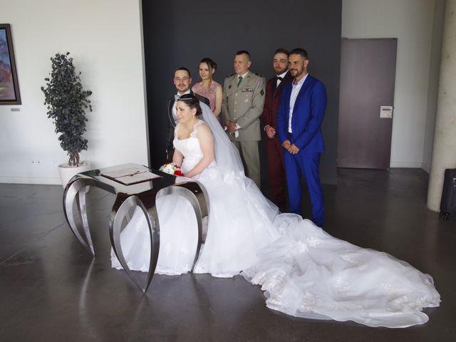 Le mariage de Theo  et Roxane  à Istres, Bouches-du-Rhône 2