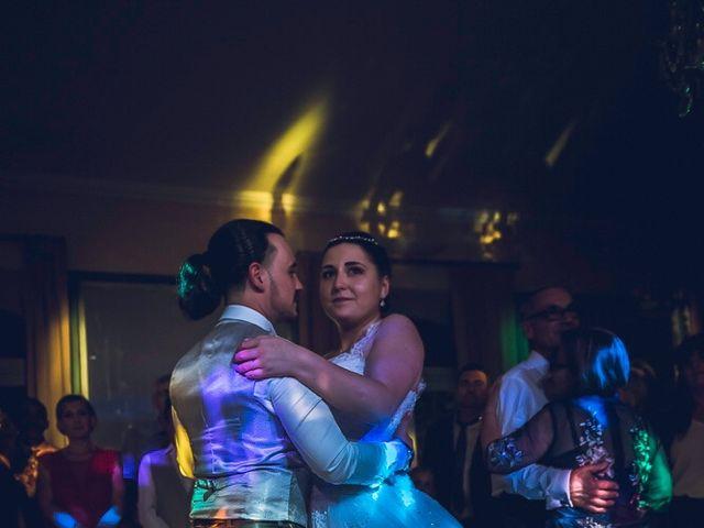 Le mariage de Theo  et Roxane  à Istres, Bouches-du-Rhône 8