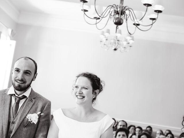 Le mariage de Thibaut et Karen à Forêt-la-Folie, Eure 9