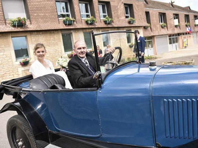 Le mariage de Vincent et Laetitia à Chevigny-Saint-Sauveur, Côte d'Or 36