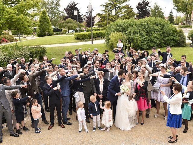 Le mariage de Vincent et Laetitia à Chevigny-Saint-Sauveur, Côte d'Or 51