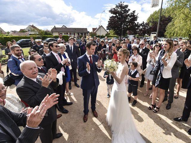 Le mariage de Vincent et Laetitia à Chevigny-Saint-Sauveur, Côte d'Or 81