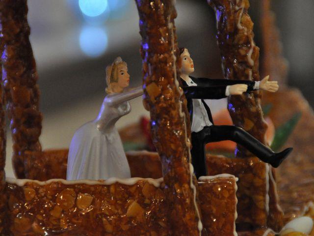 Le mariage de Alex et Charlène à Saint-Pierre-Langers, Manche 21