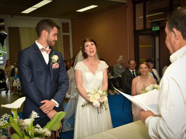 Le mariage de Stéphane et Claudia à Giroussens, Tarn 22