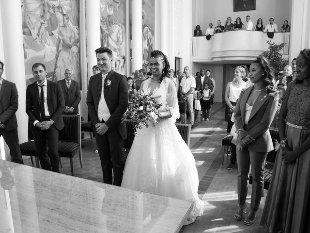 Le mariage de Rémy et Ornella à Poissy, Yvelines 36