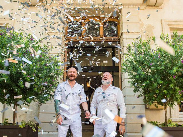 Le mariage de Jean Charles et Kristian à Aigues-Mortes, Gard 25