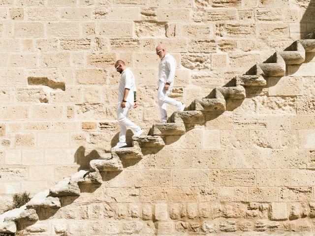 Le mariage de Jean Charles et Kristian à Aigues-Mortes, Gard 32