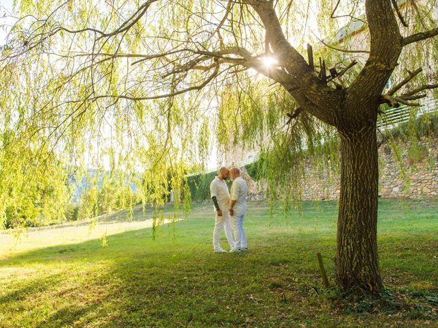 Le mariage de Jean Charles et Kristian à Aigues-Mortes, Gard 36