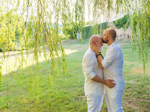 Le mariage de Jean Charles et Kristian à Aigues-Mortes, Gard 37