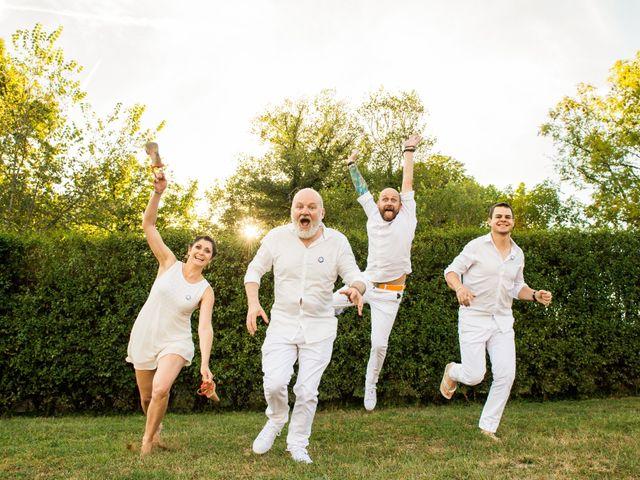 Le mariage de Jean Charles et Kristian à Aigues-Mortes, Gard 43