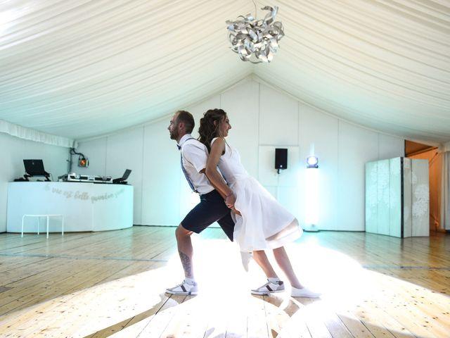 Le mariage de Alexandre et Gaëlle à Dole, Jura 13