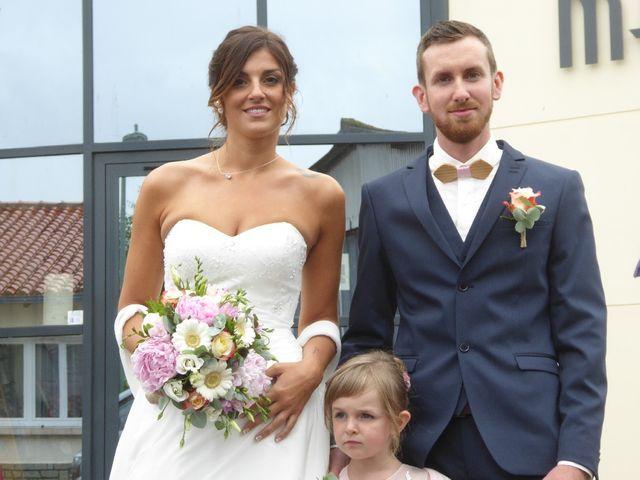 Le mariage de Geoffrey et Charlene à Saint-Julien-des-Landes, Vendée 4