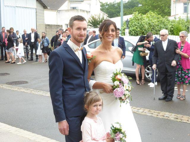 Le mariage de Geoffrey et Charlene à Saint-Julien-des-Landes, Vendée 13