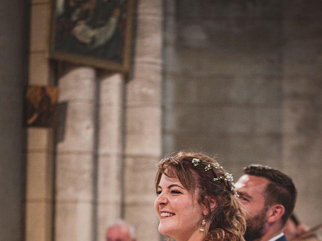 Le mariage de Loïc et Manon à Villandraut, Gironde 5