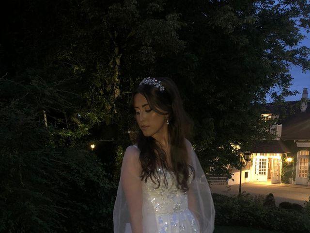 Le mariage de Samuel et Sharon à Les Mesnuls, Yvelines 7